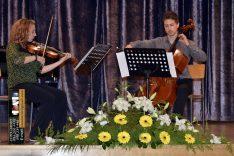 PAL-18511-291-Vanda Dabac,violina I. S i Emanuel Pavon,violo