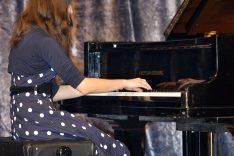 PAL-19511-345-Elena Posavac, klavir II. S