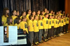 PAL-16511-129-Dječji zbor